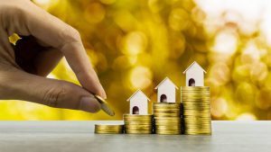 fixed rate vs arm mortgage stacks of coins
